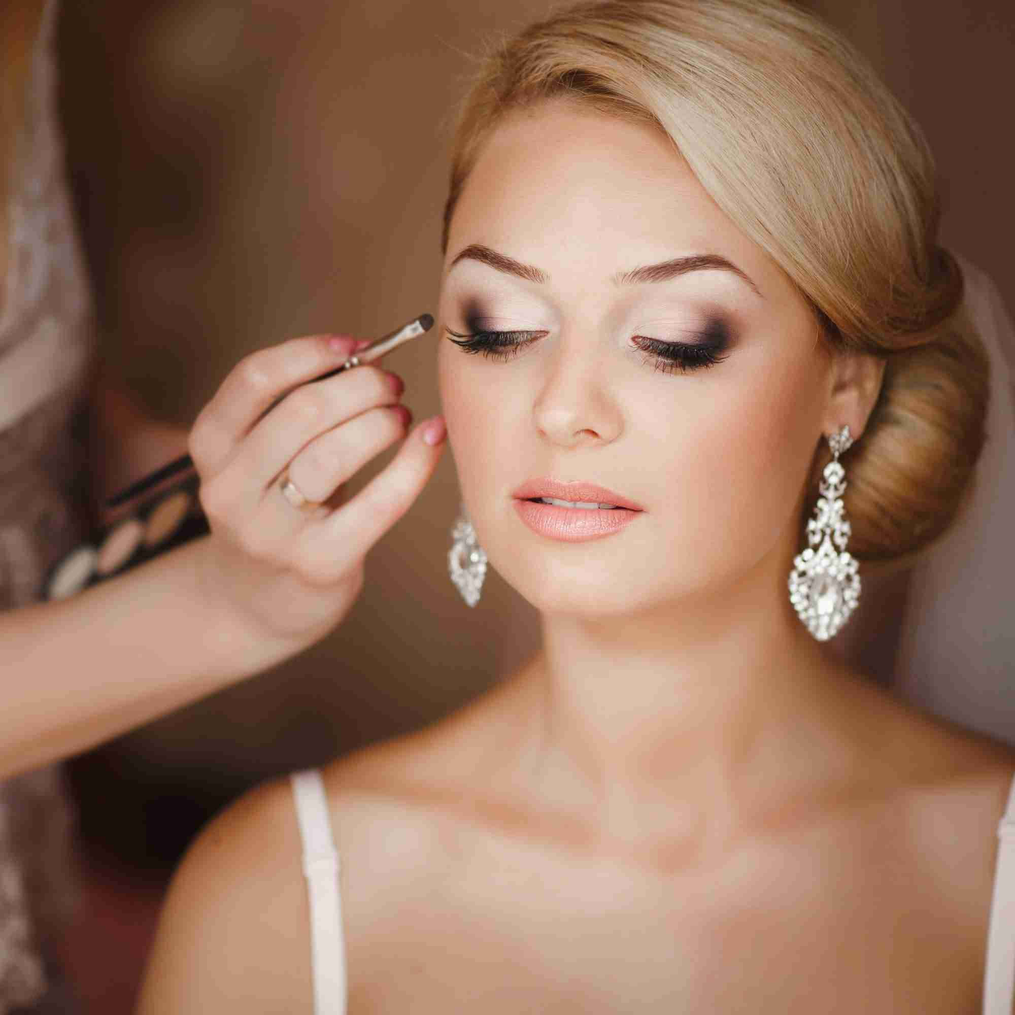 wedding makeup services bridal makeup services for looks on your wedding day 9831