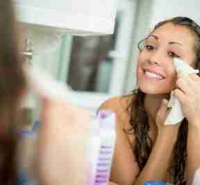 5 Tips to Properly Remove Your Makeup