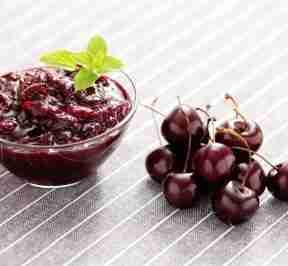Five Hidden Health Benefits of Cherry-Cranberry Sauce