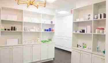 mclean dermatologist center